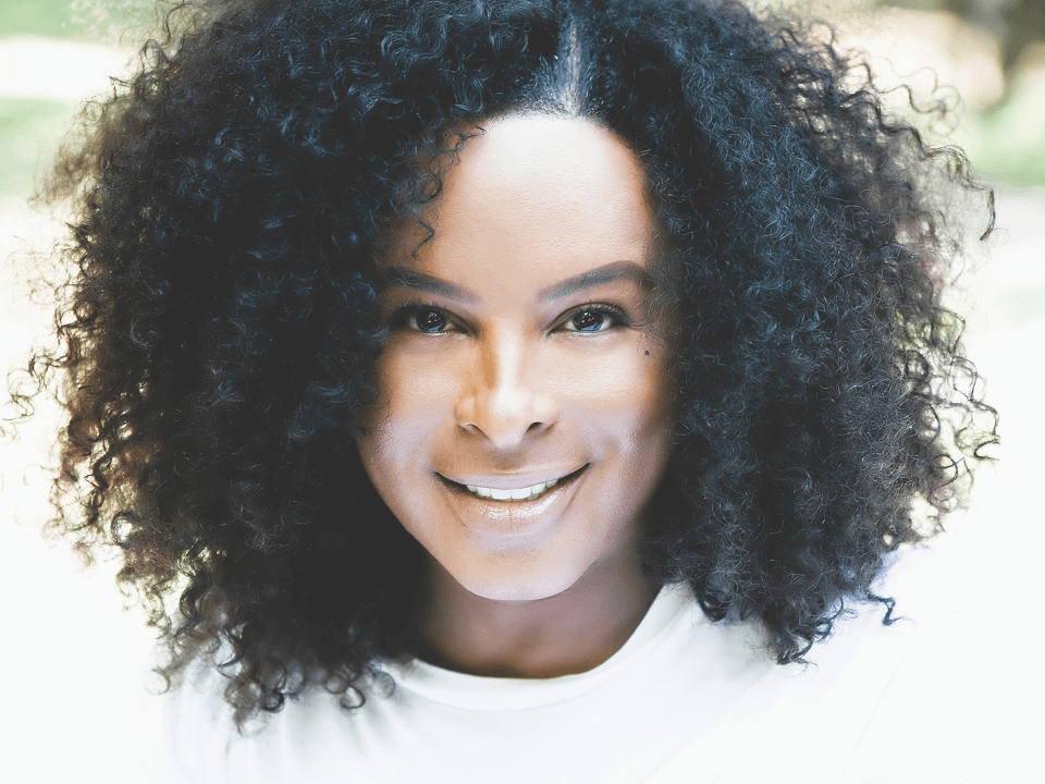 Q+A with Hollywood's Leading Brow Expert Damone Roberts